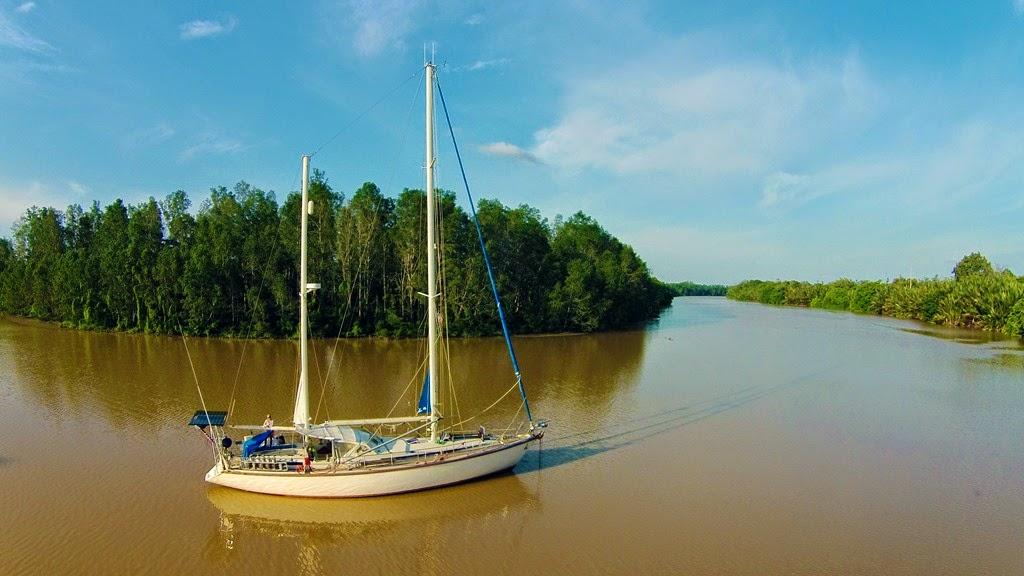 sailing in the jungle sv delos