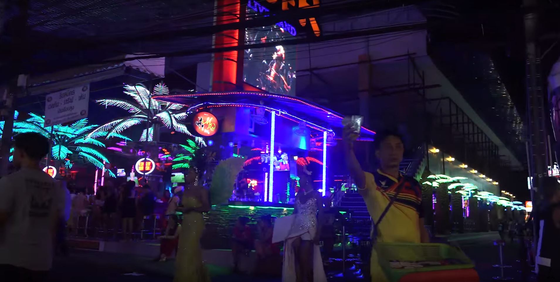 ping pong show thailand ladyboys