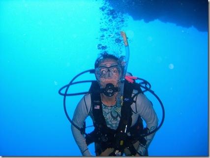 fatu hiva cave diving
