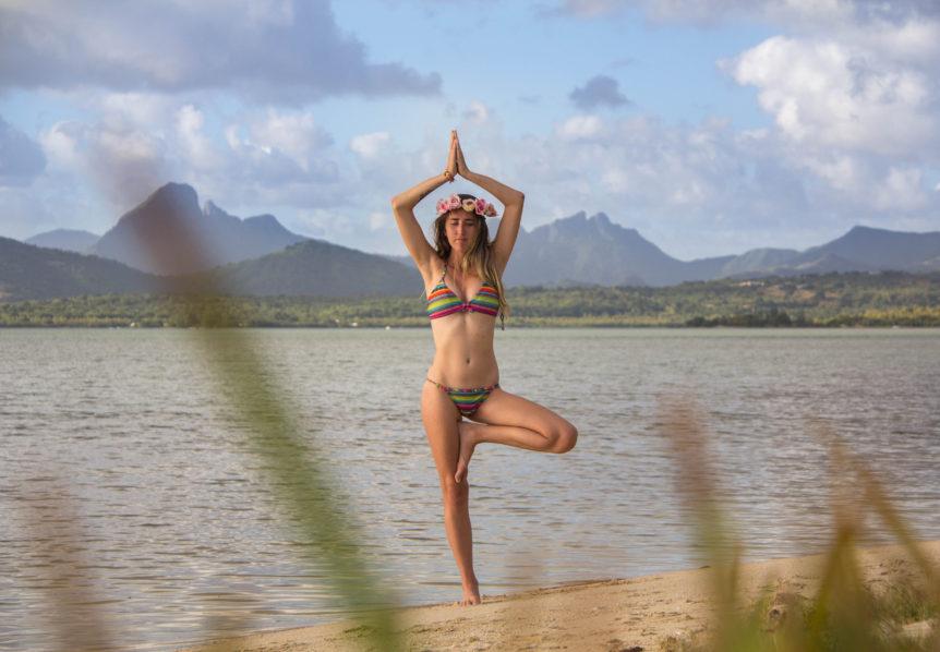 sv delos carmen yoga pose 1