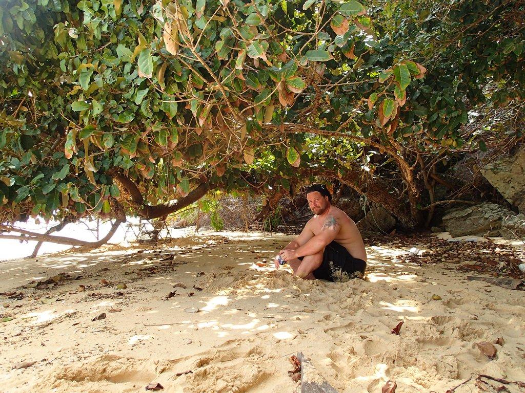 remote thailand beaches sailing sv delos