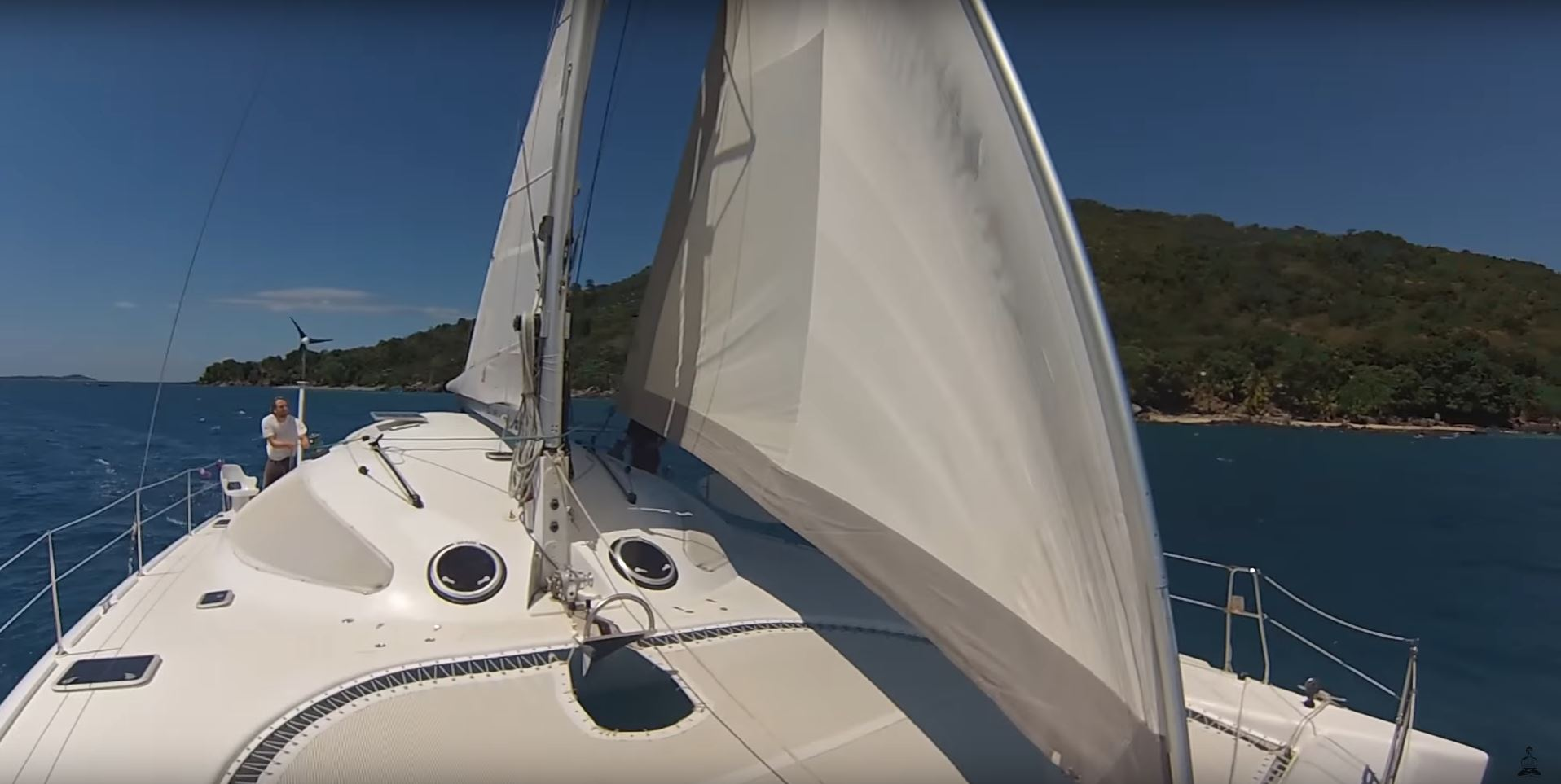 catamarans vs monohull which is faster