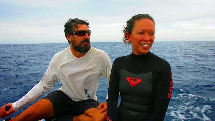 sailing sv delos tubbataha reef