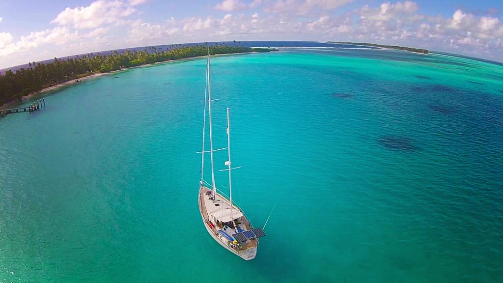 cocos keeling cruising by sailboat delos