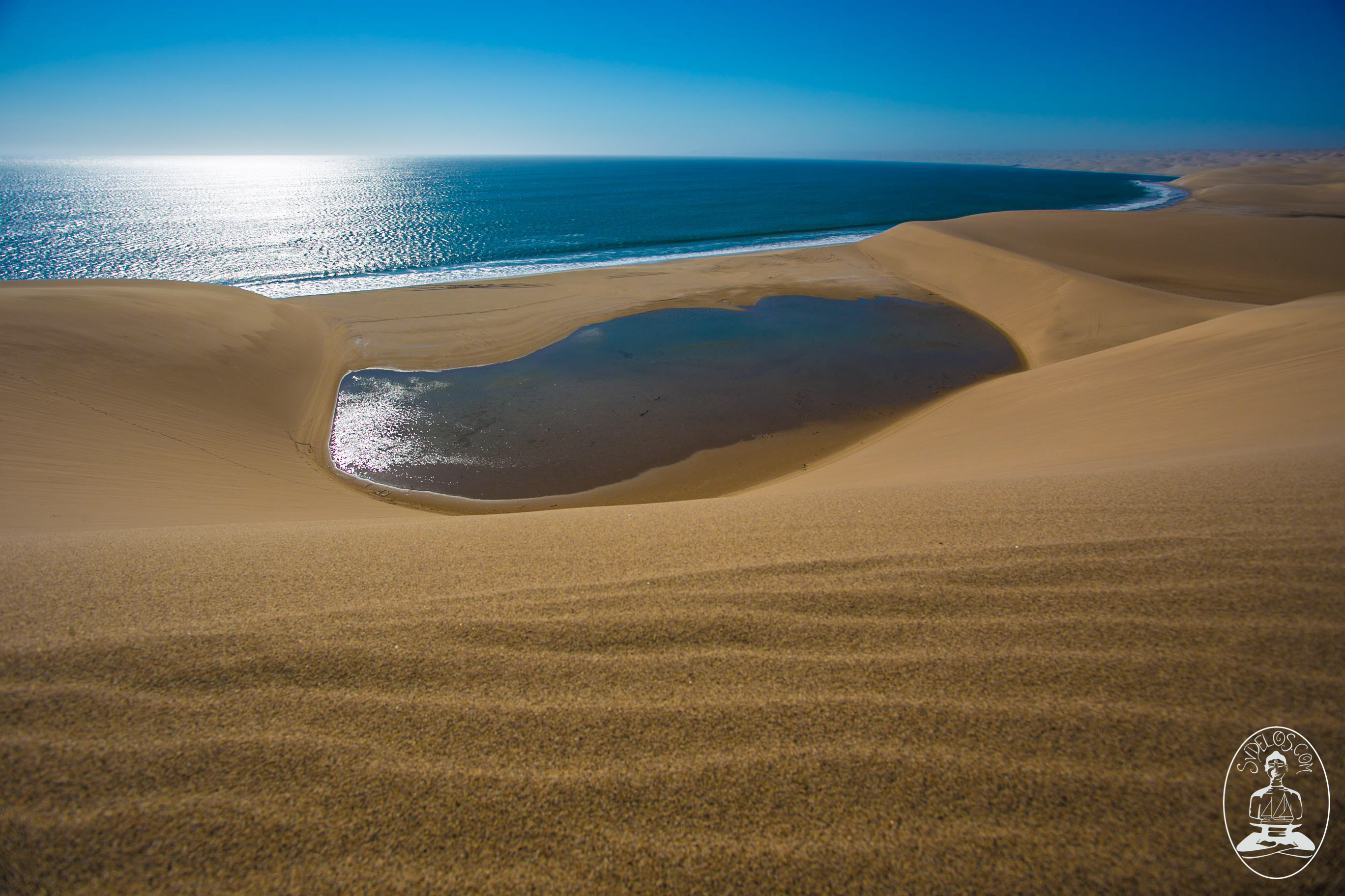 free desktop background sand dunes by sea